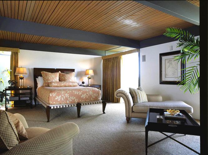 Hillis Master Bed-1